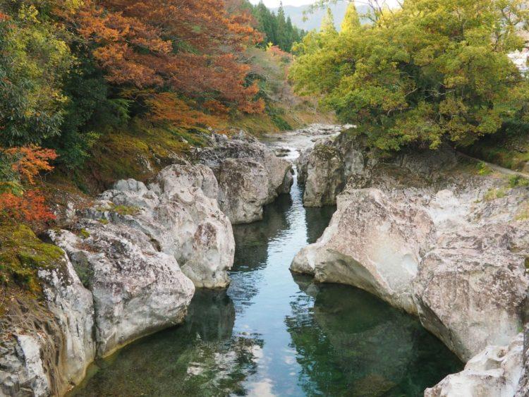猿飛千壺峡